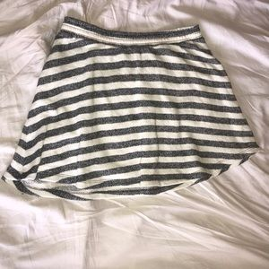Gray and white striped Old Navy skirt